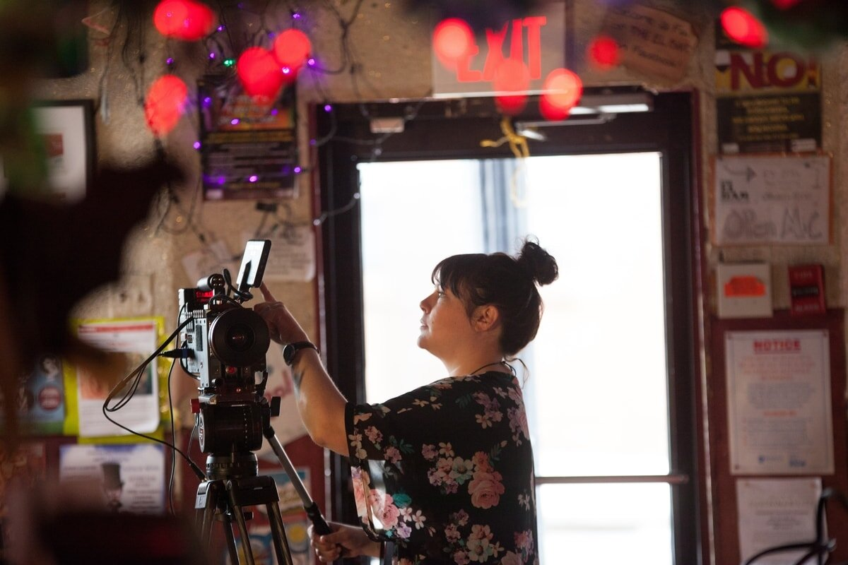 8 ways to go zero waste on a film set from www.goingzerowaste.com #film #movie #shortfilm #sustainable #ecofriendly #art #featurefilm #movies #makingmovies