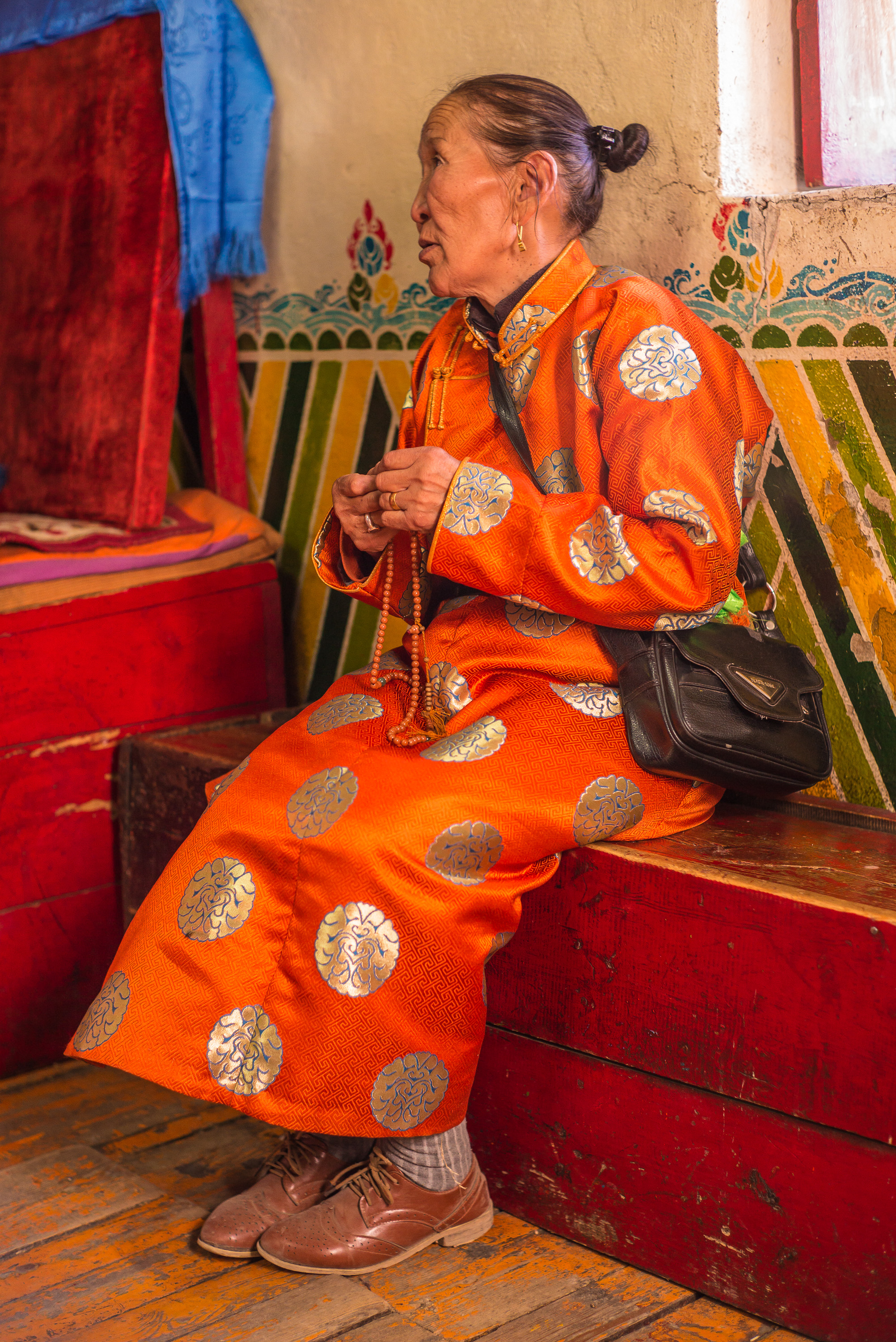 Mongolian supplicant chanting