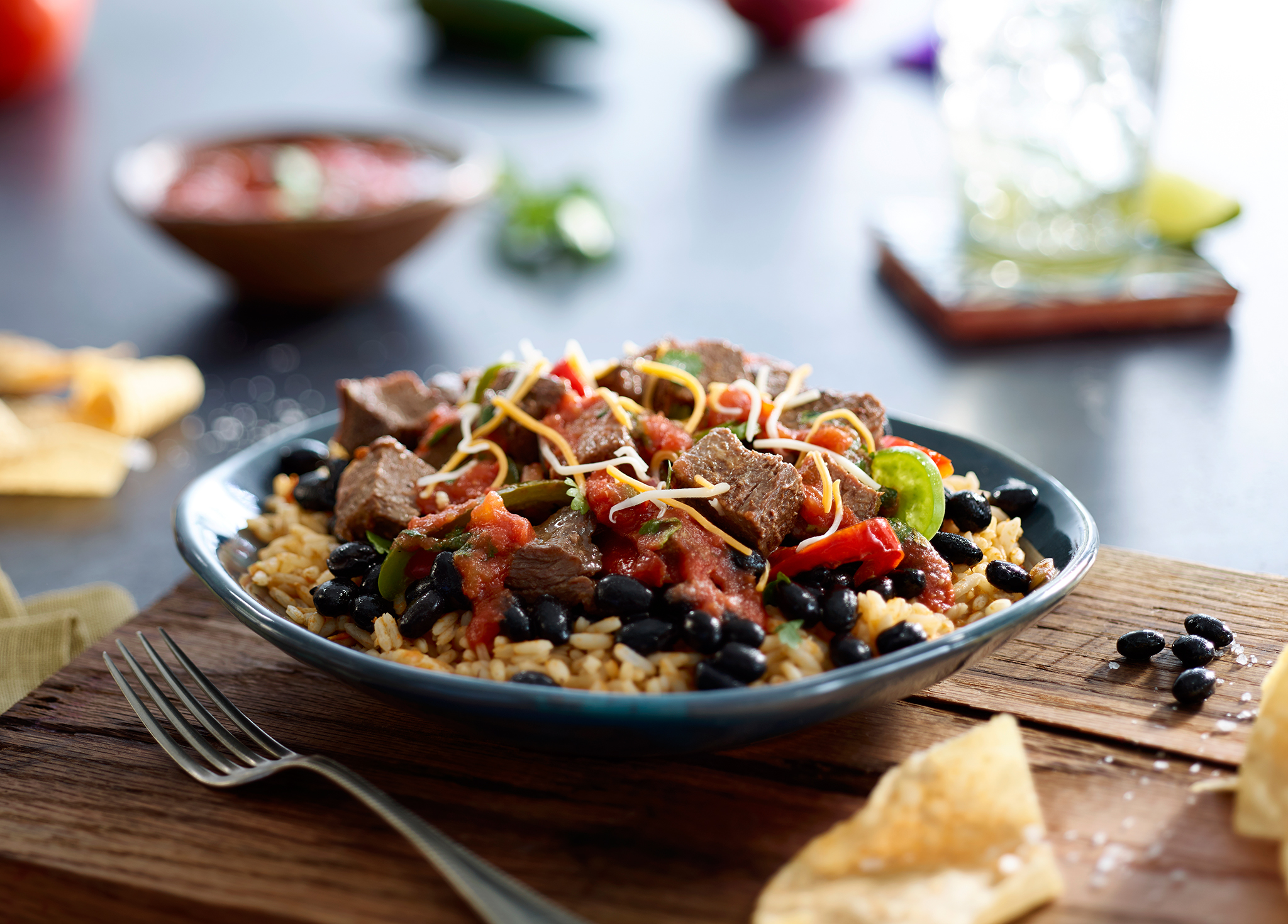 Salsaritas_steak-burrito-bowl-WEB.jpg