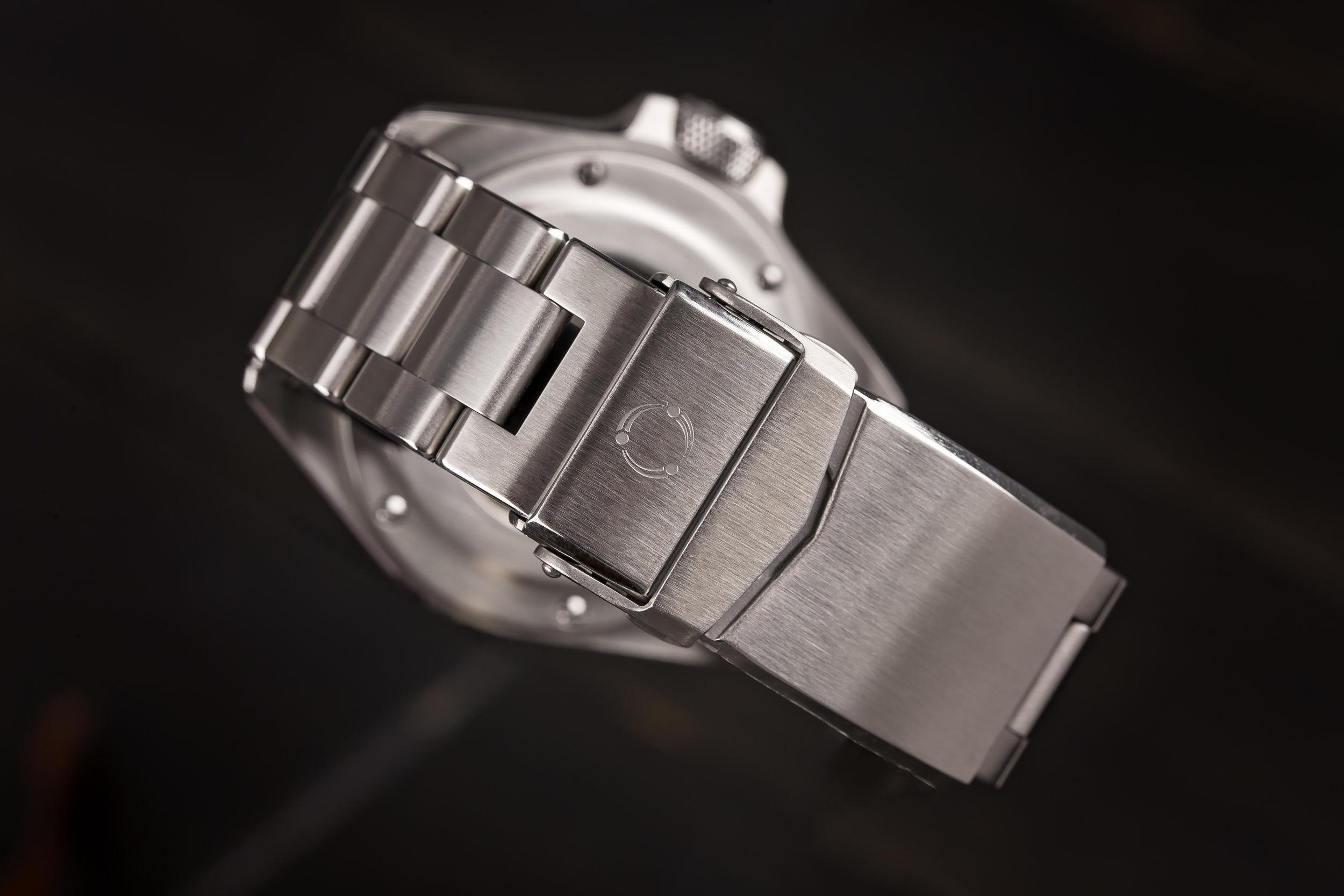 Note: Bracelet bevels are larger on production models.