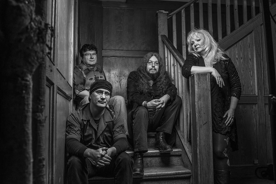 Strange Range Music: The Welder's Daughter Story — EDGE Jan 4, 2016