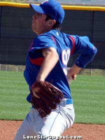Rangers prospect Kyle Ocampo showing an inverted L. (Source: Jason Cole, LoneStarDugout.com)