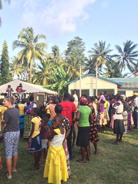 The people of Bomani enjoying the celebration day!