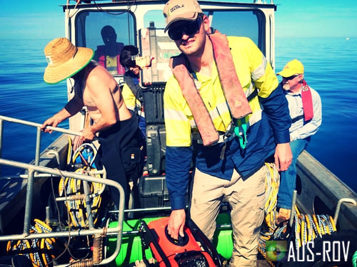 AUS-ROV and Whyalla Diving personnel performing offshore tunnel inspection.