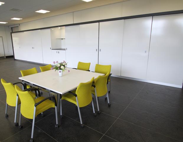 JZ Flowers HQ-Hull- Meeting area 6.JPG