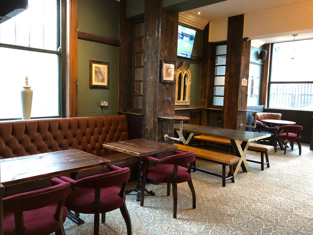 the-palace-leeds-pub-interior-design-tile-floor.JPG