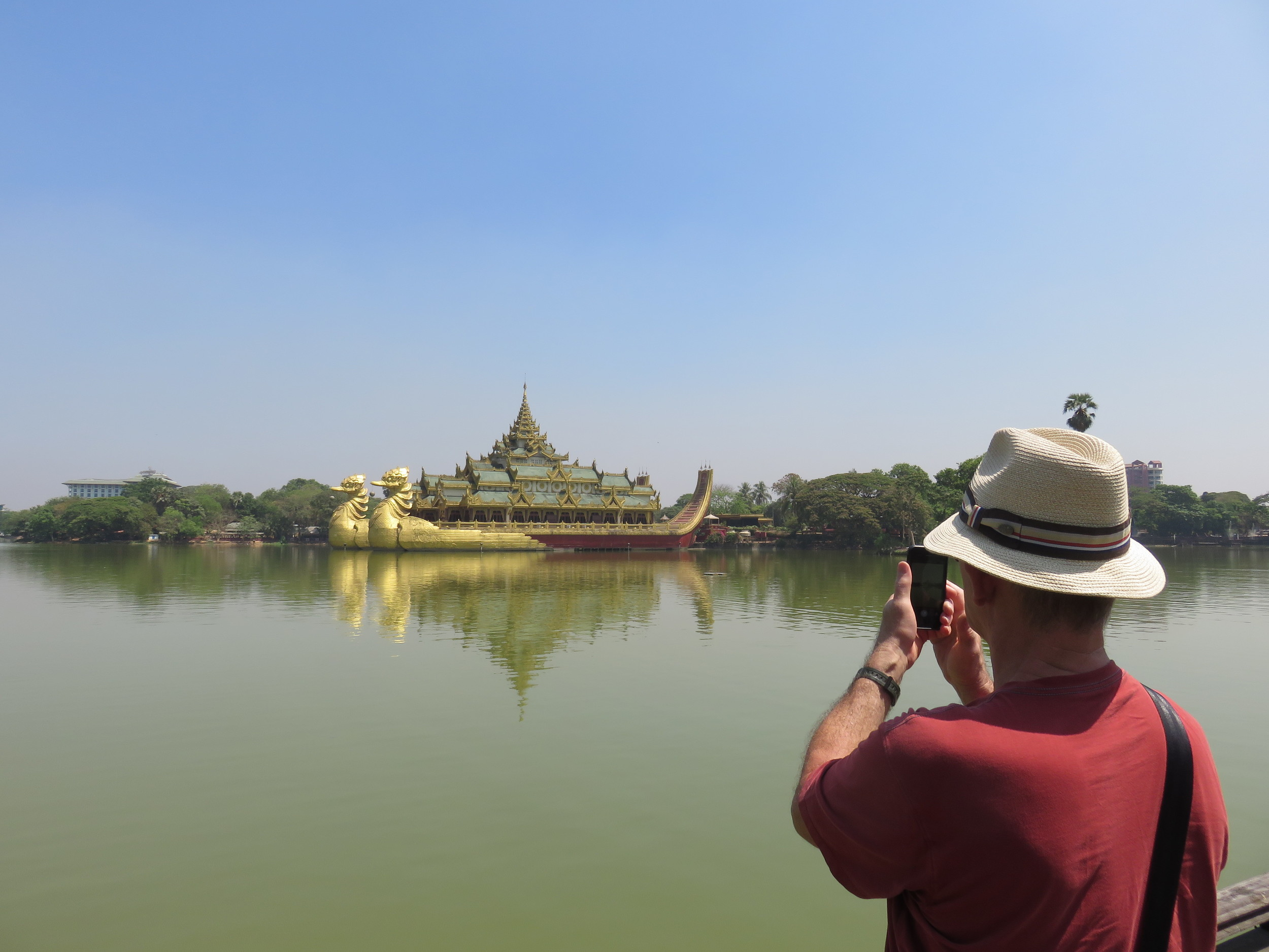 Gay Yangon Tour