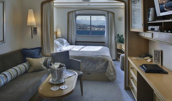 59-Yacht-Club-Deck-3-and-4-598x352.jpg