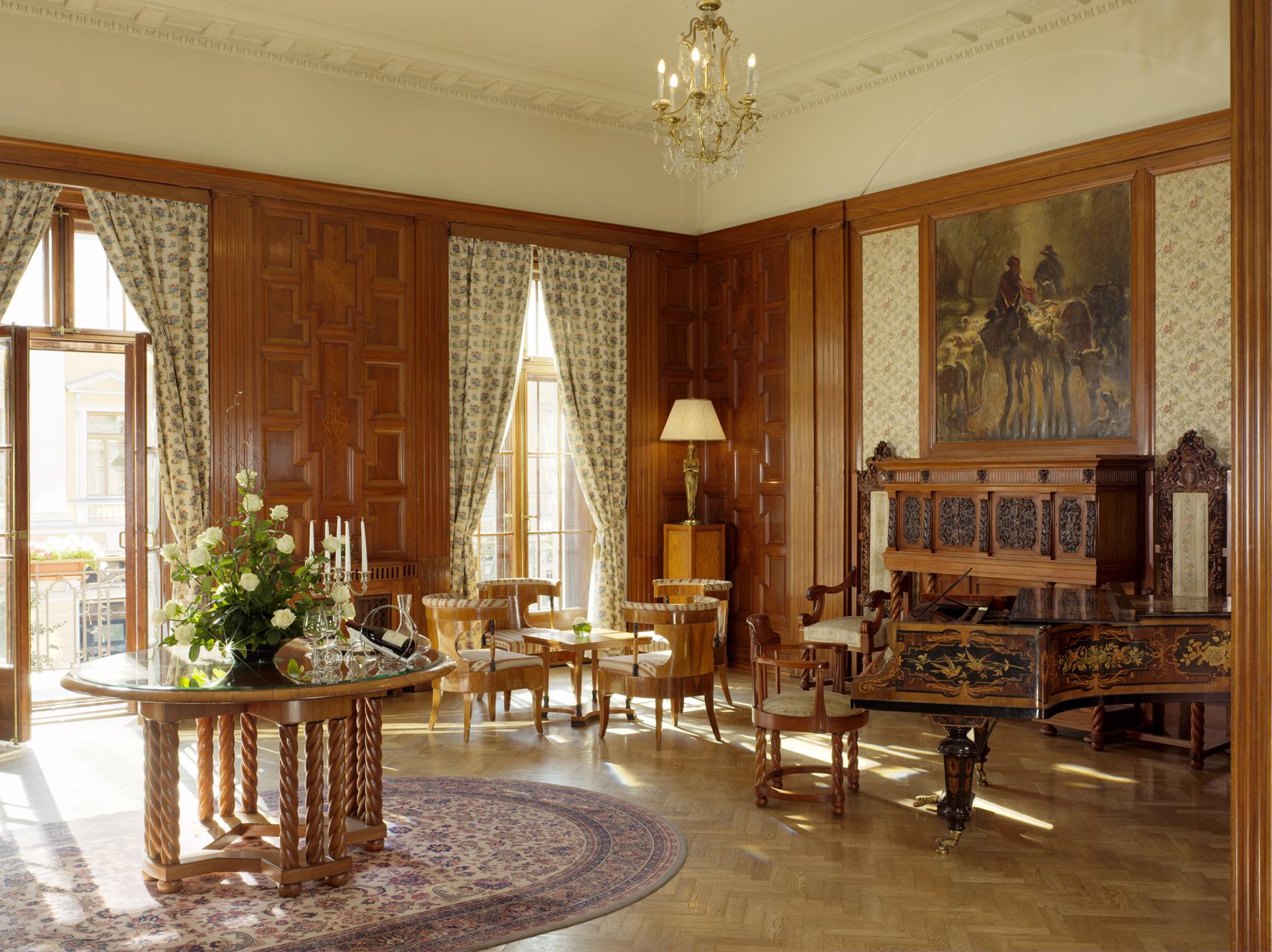 Lidval Room.jpg