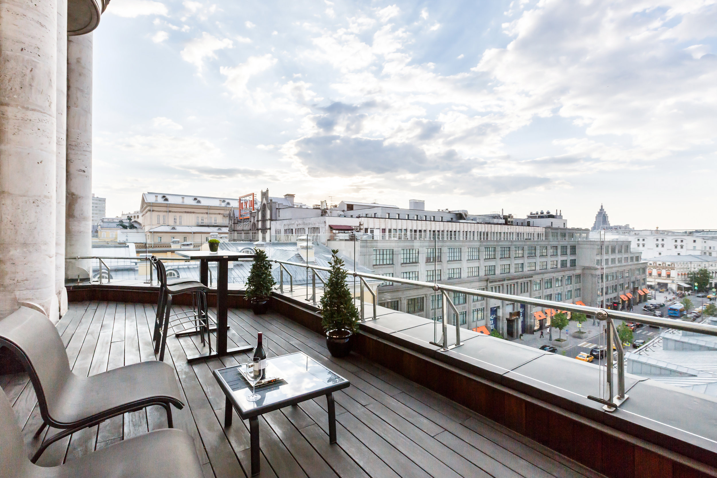 Ararat-Park-Hyatt-Moscow-Park-Terrace-Suite-Tsum.jpg
