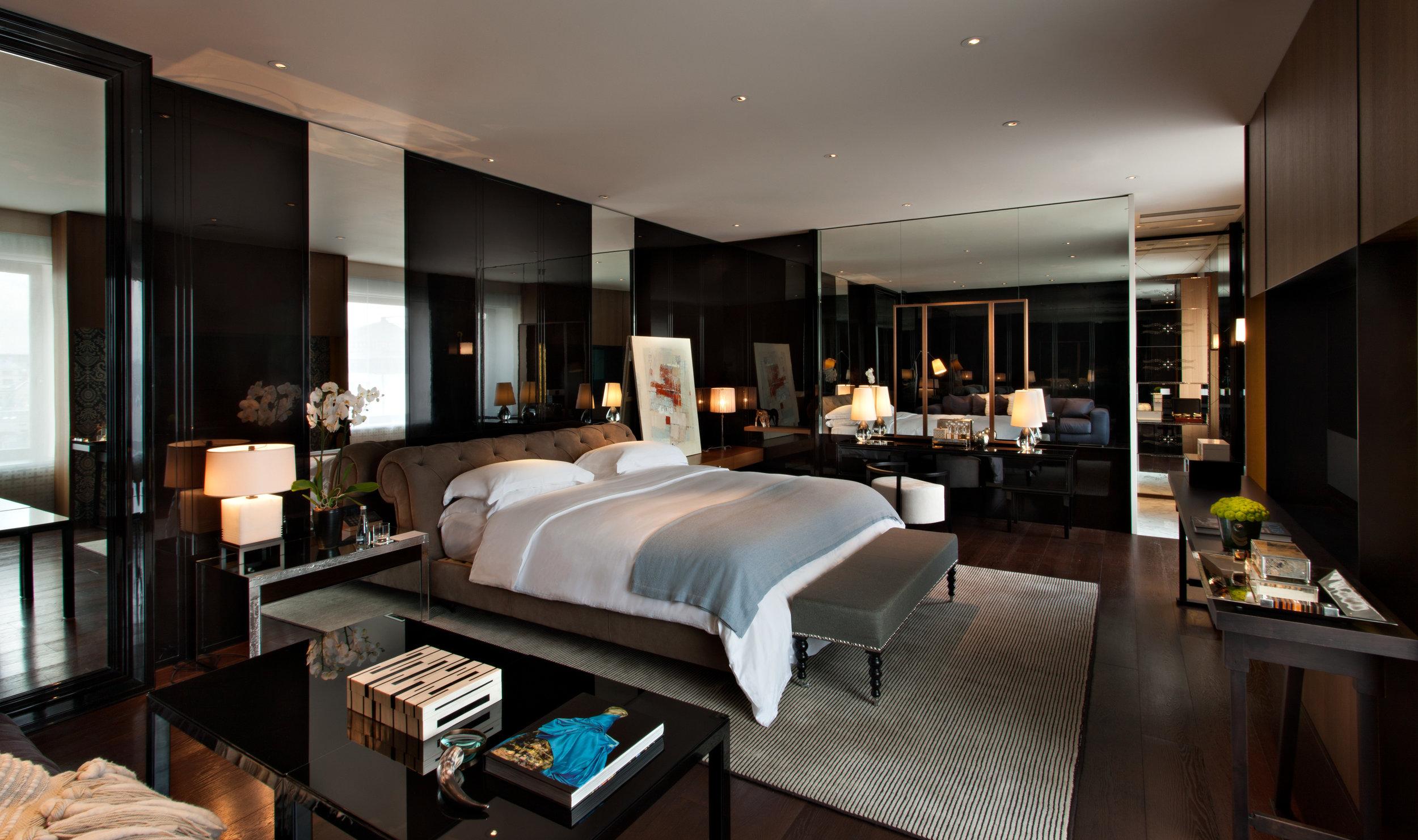 Ararat-Park-Hyatt-Moscow-Penthouse-Living-Bedroom.jpg