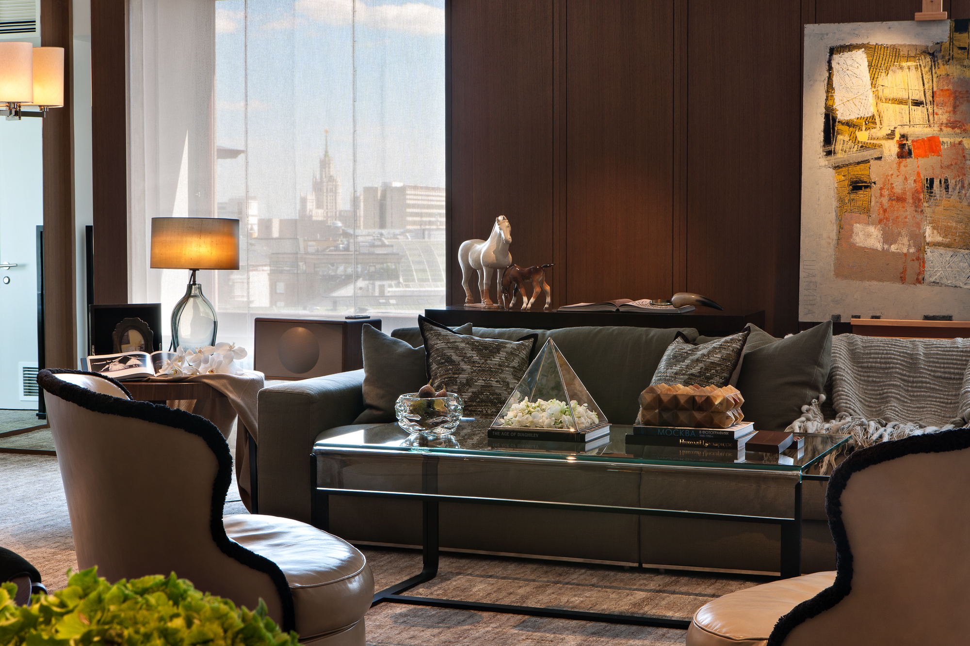Ararat-Park-Hyatt-Moscow-Penthouse-Living-Room-Decor.jpg