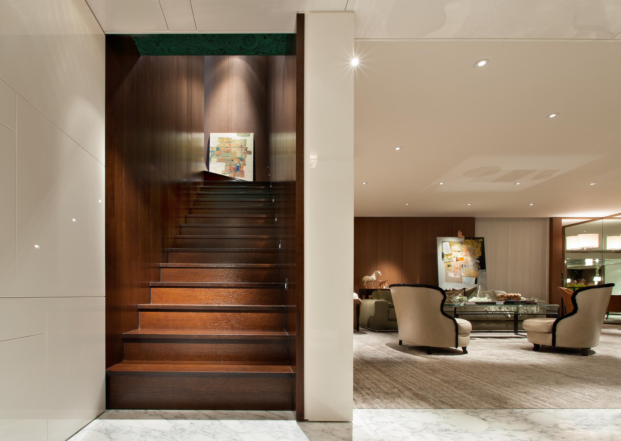 Ararat-Park-Hyatt-Moscow-Penthouse-Living-Room.jpg
