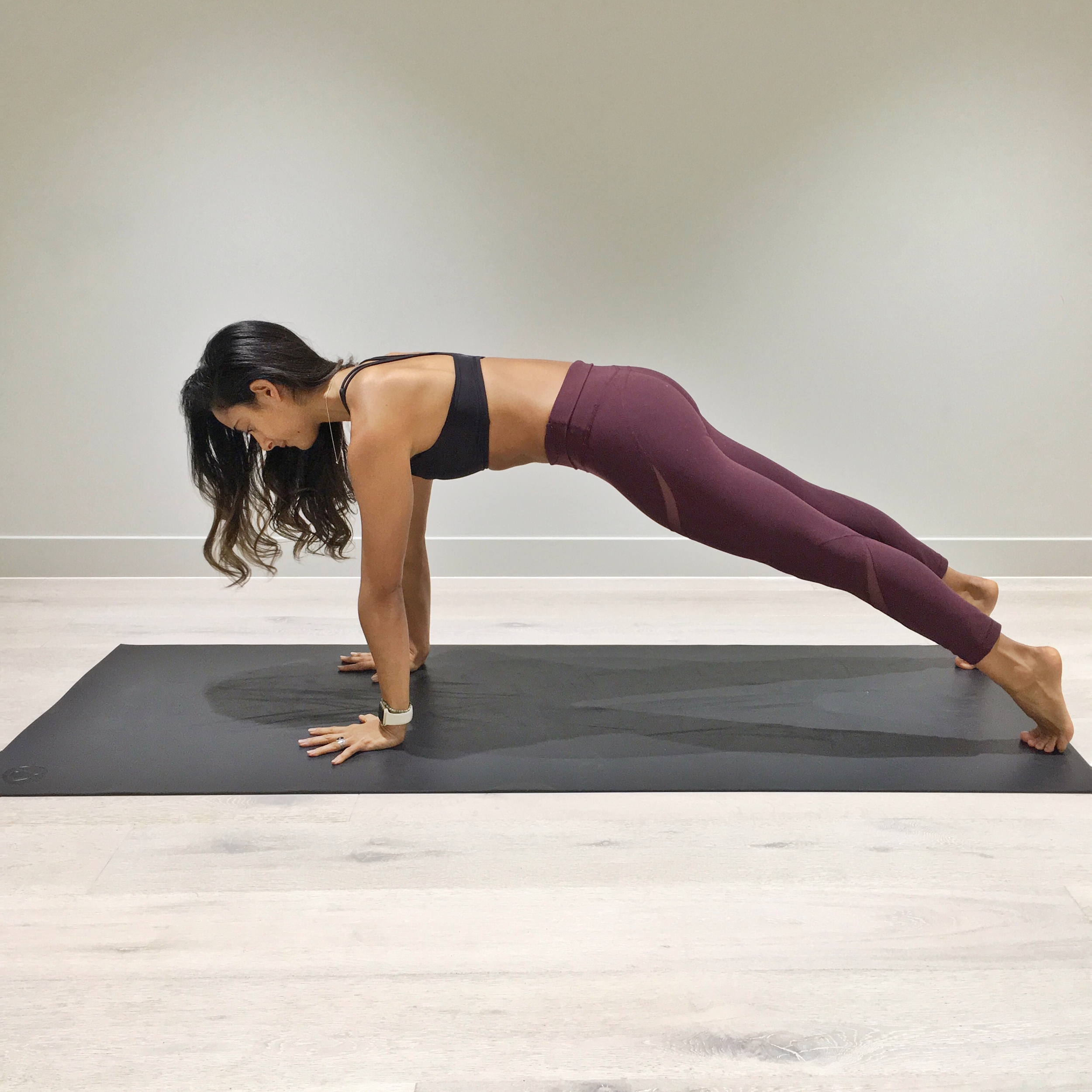 2. Come into a push up position but this time really work on tucking your junk, meaning; tuck your tailbone to facilitate for better core activation.