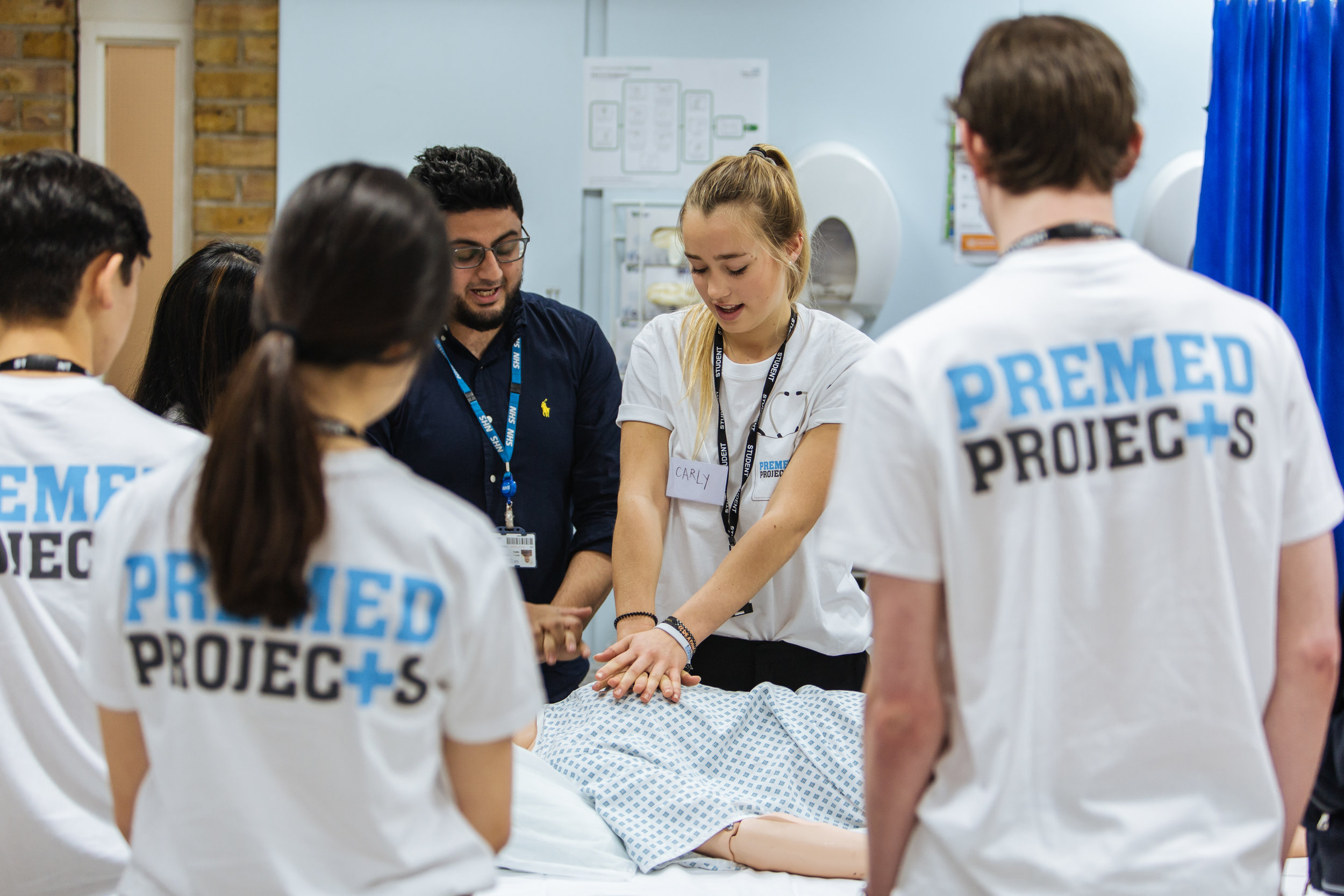 Nursing Work Experience - Hospital Work Experience for students interested in nursing careers.