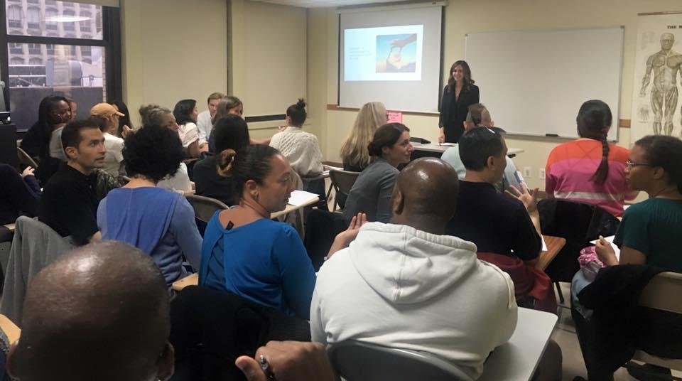 Rachel Beider Teaching a business Seminar at Swedish Institute