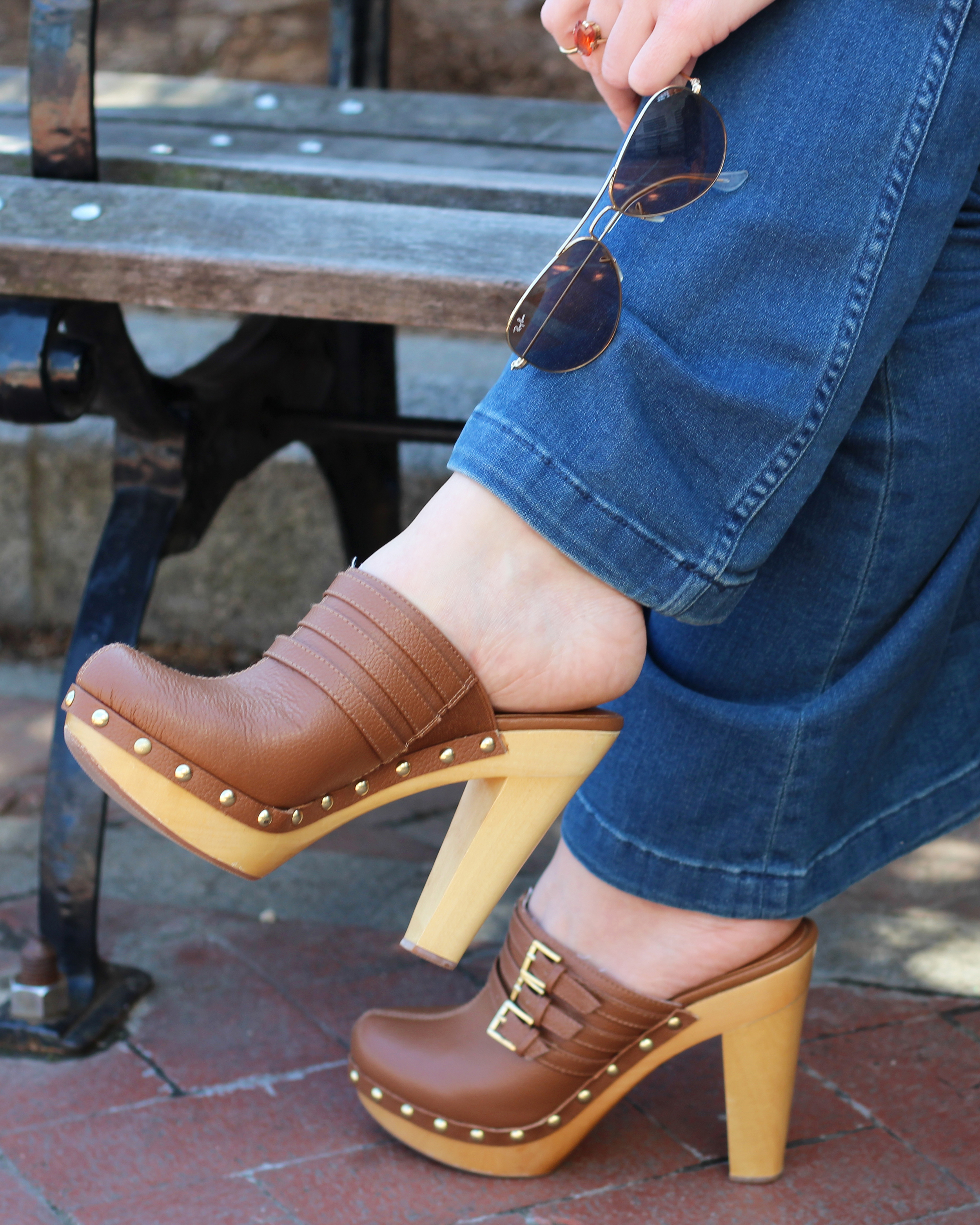 i think therefore i dress - 70's style trend - clogs