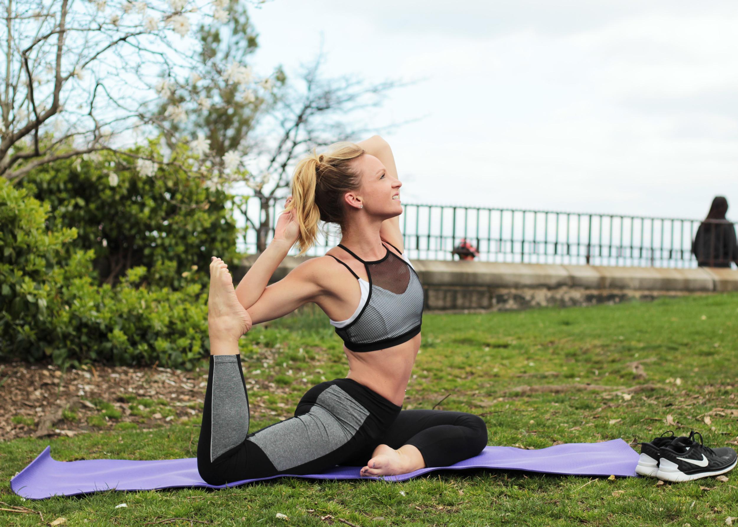 screaming pigeon yoga pose