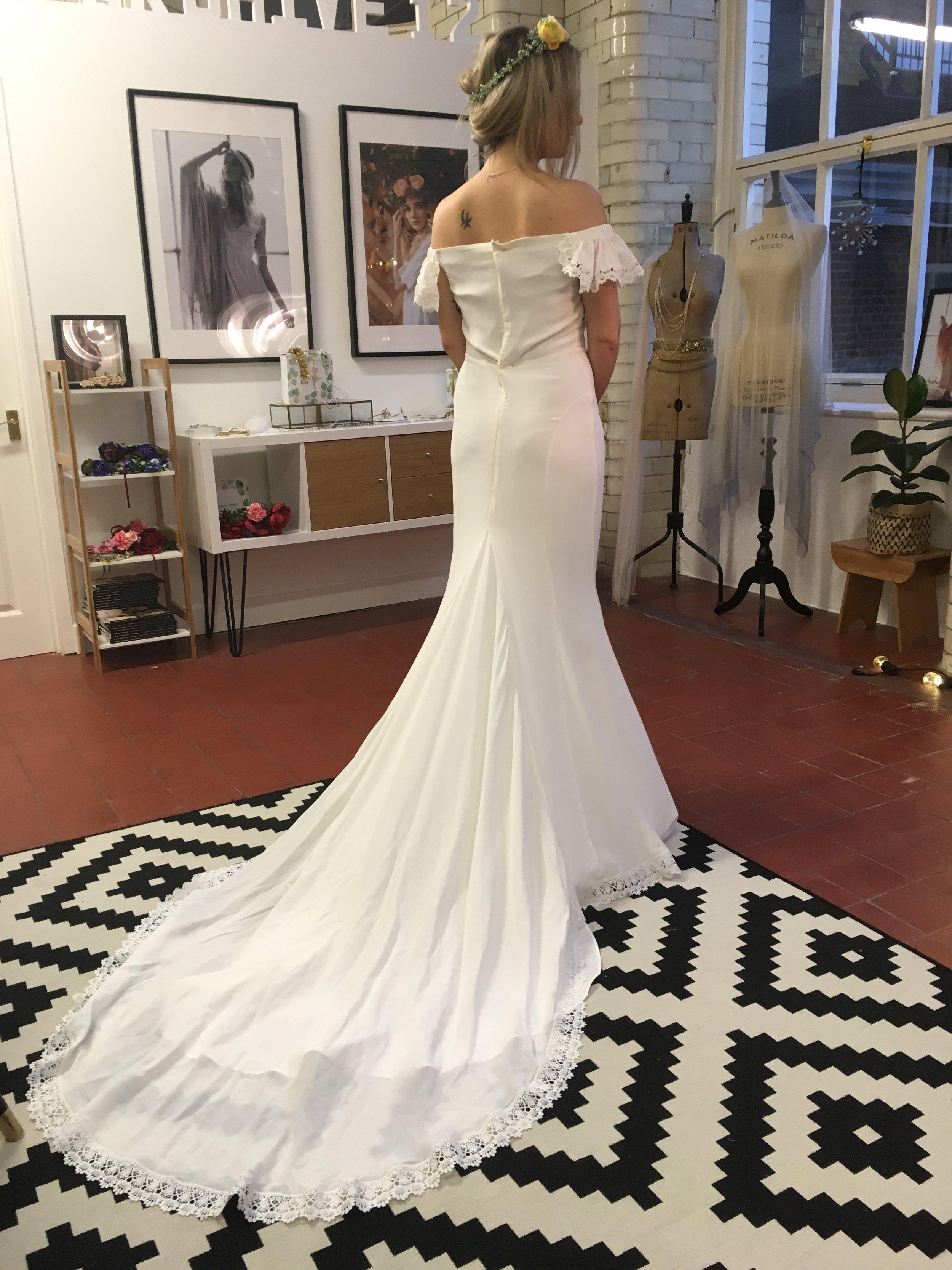 anti bride wedding dress shopping Archive 12