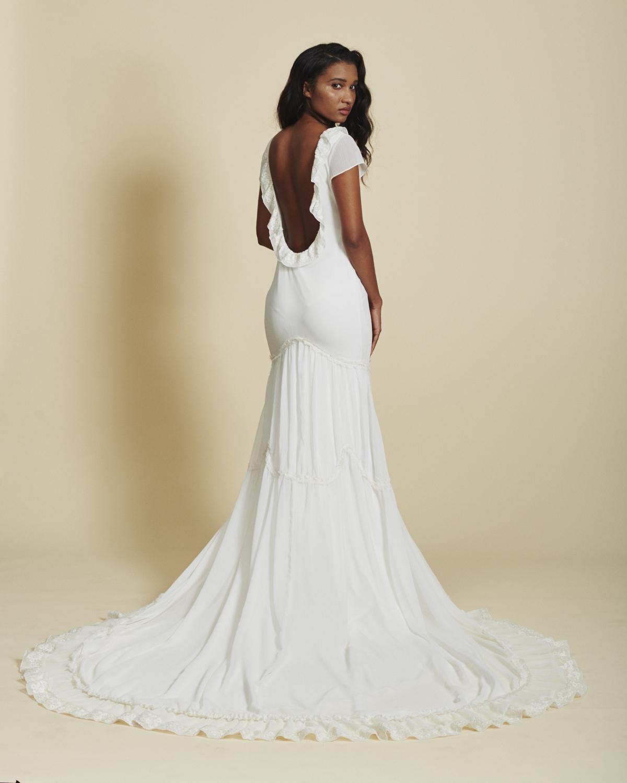 Wedding Gown Bra: 5 Ways To Wear A Bra With A Backless Wedding Dress