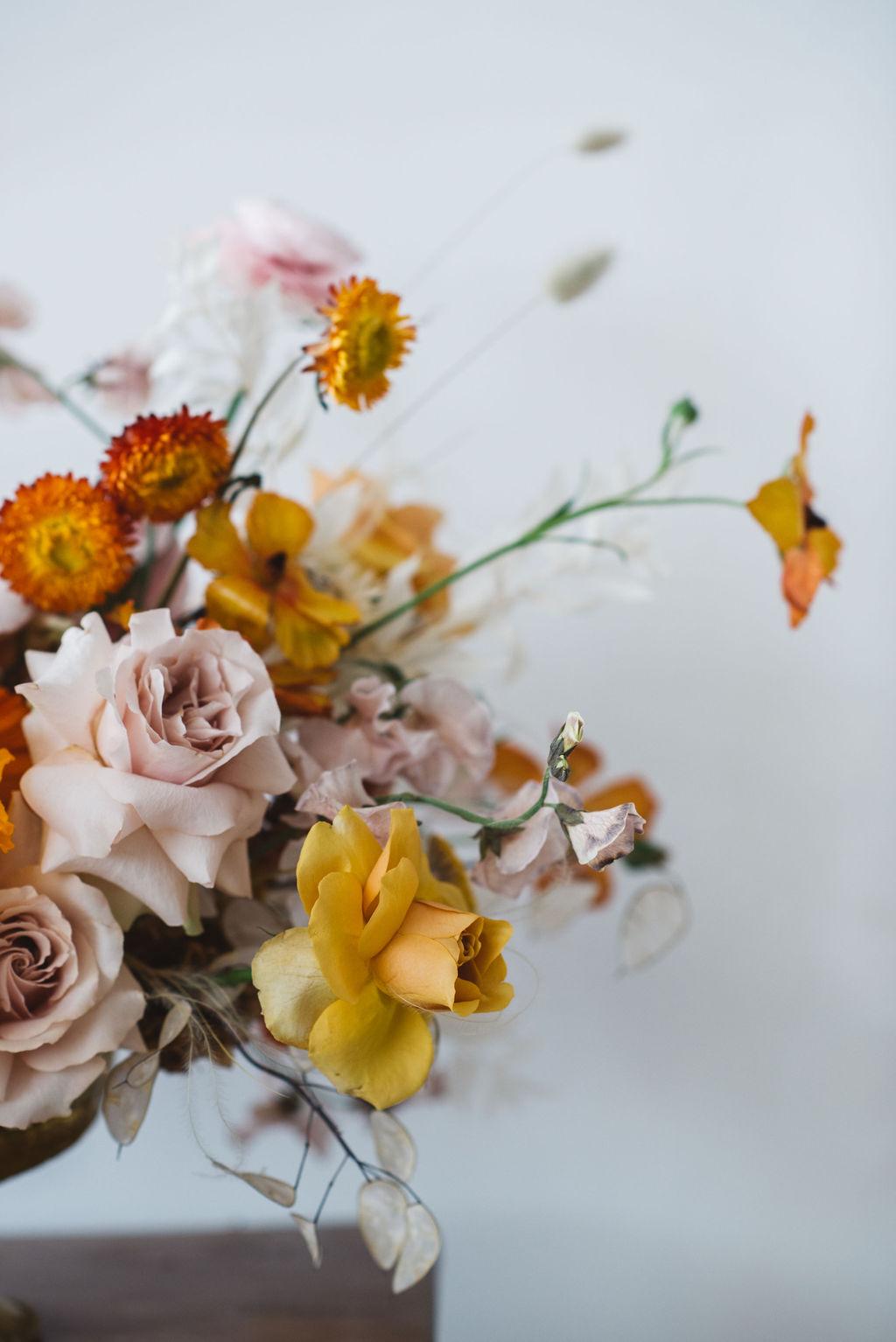 modern wedding centre piece - yellow roses