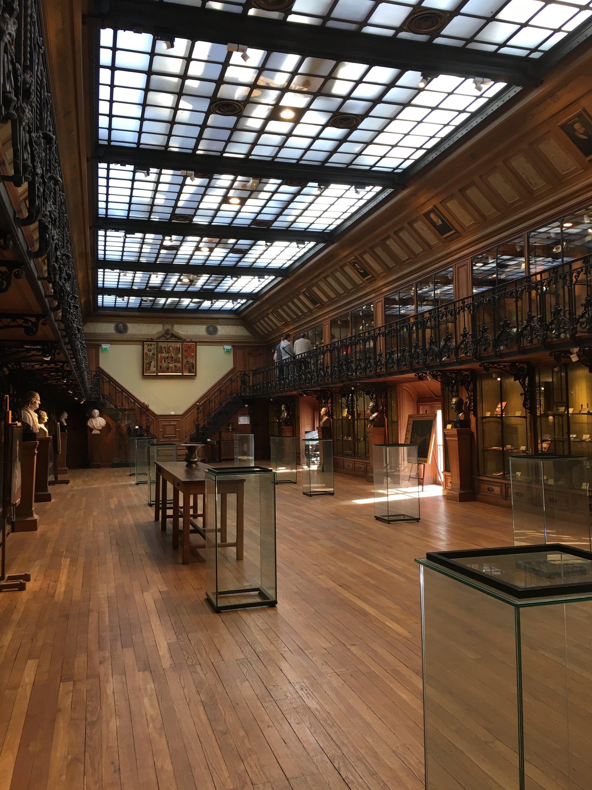 Musee D'Histoire de la Médecine.