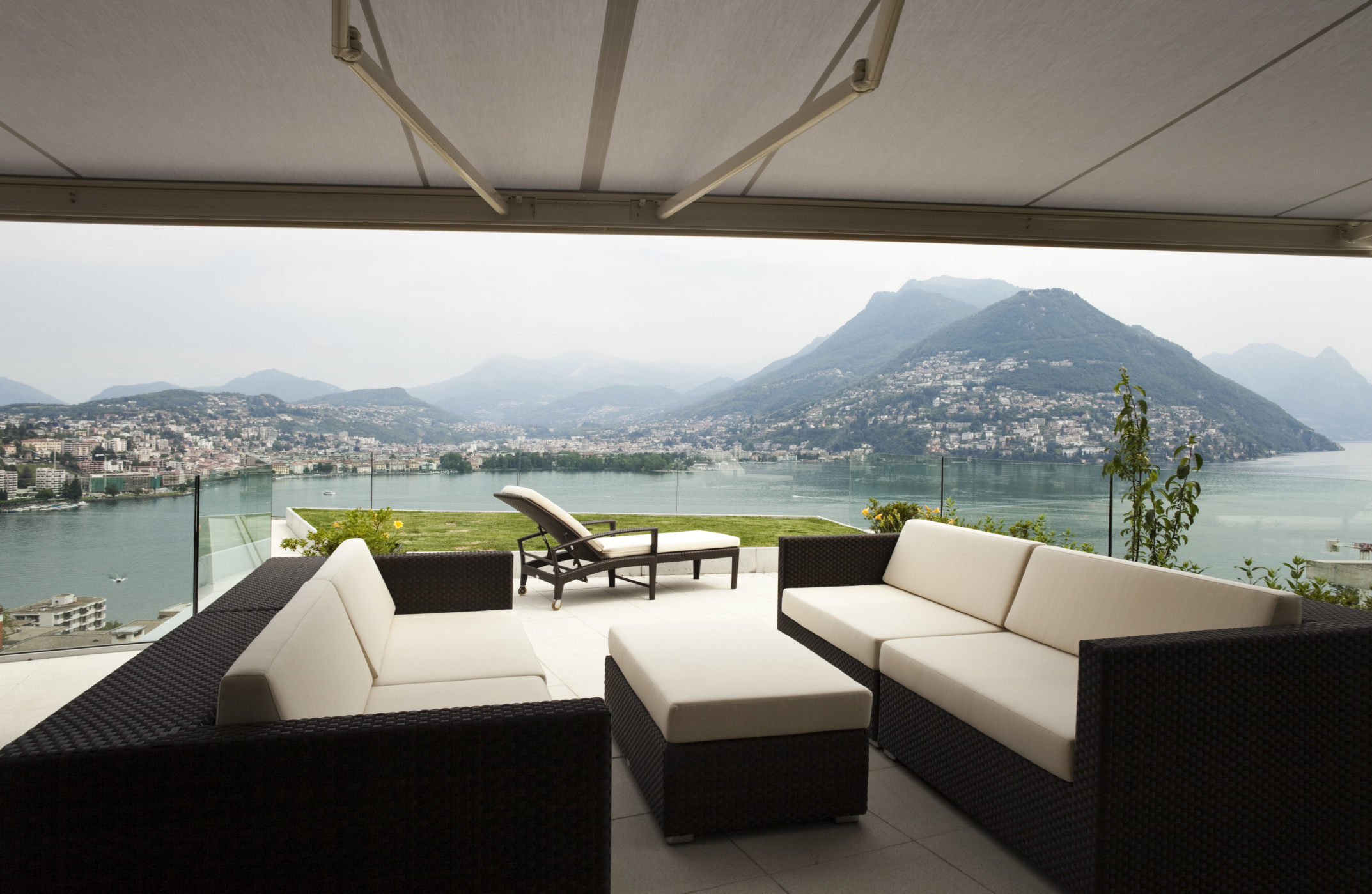 awning retractable over beautiful patio.jpg
