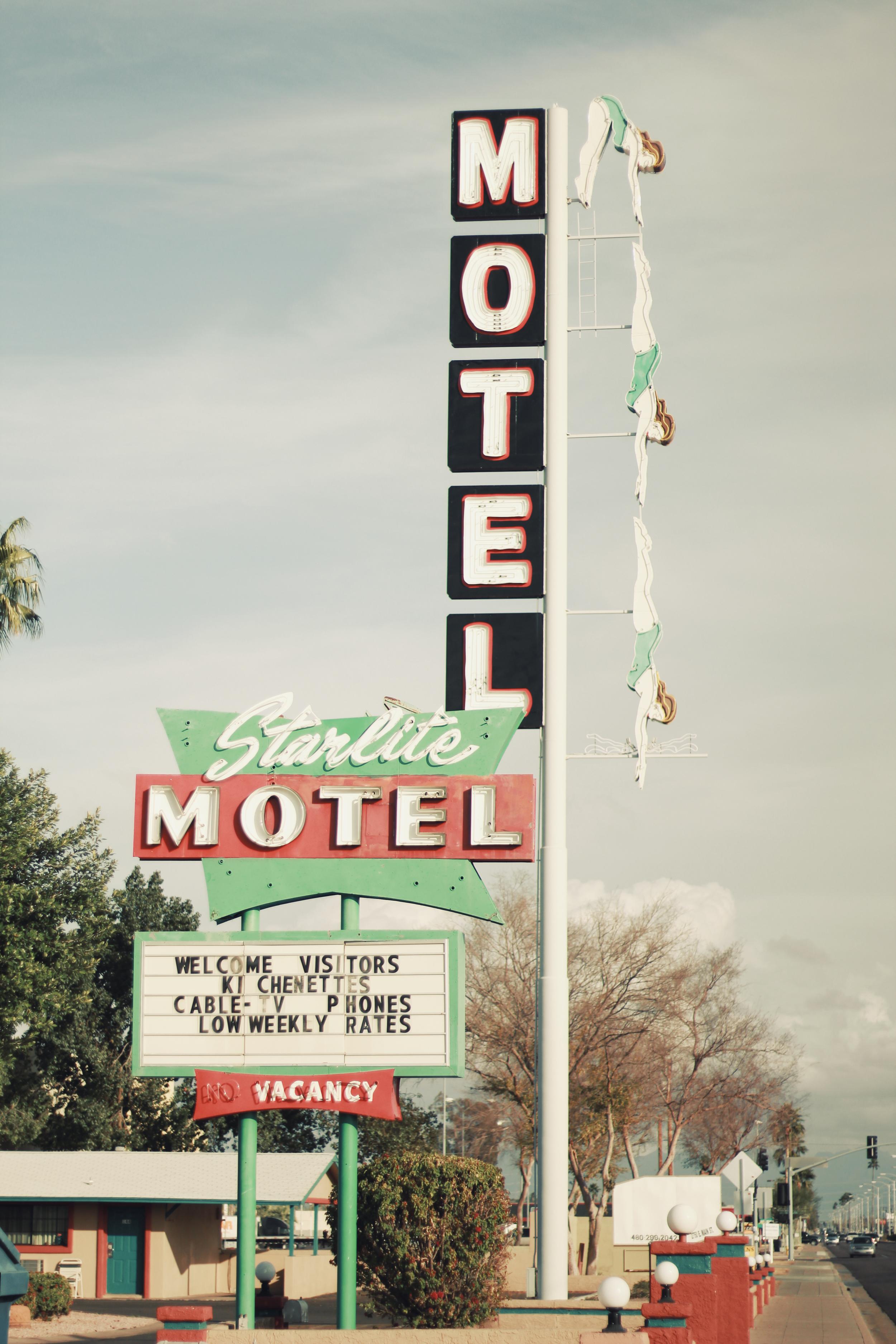 Starlite Motel.jpg