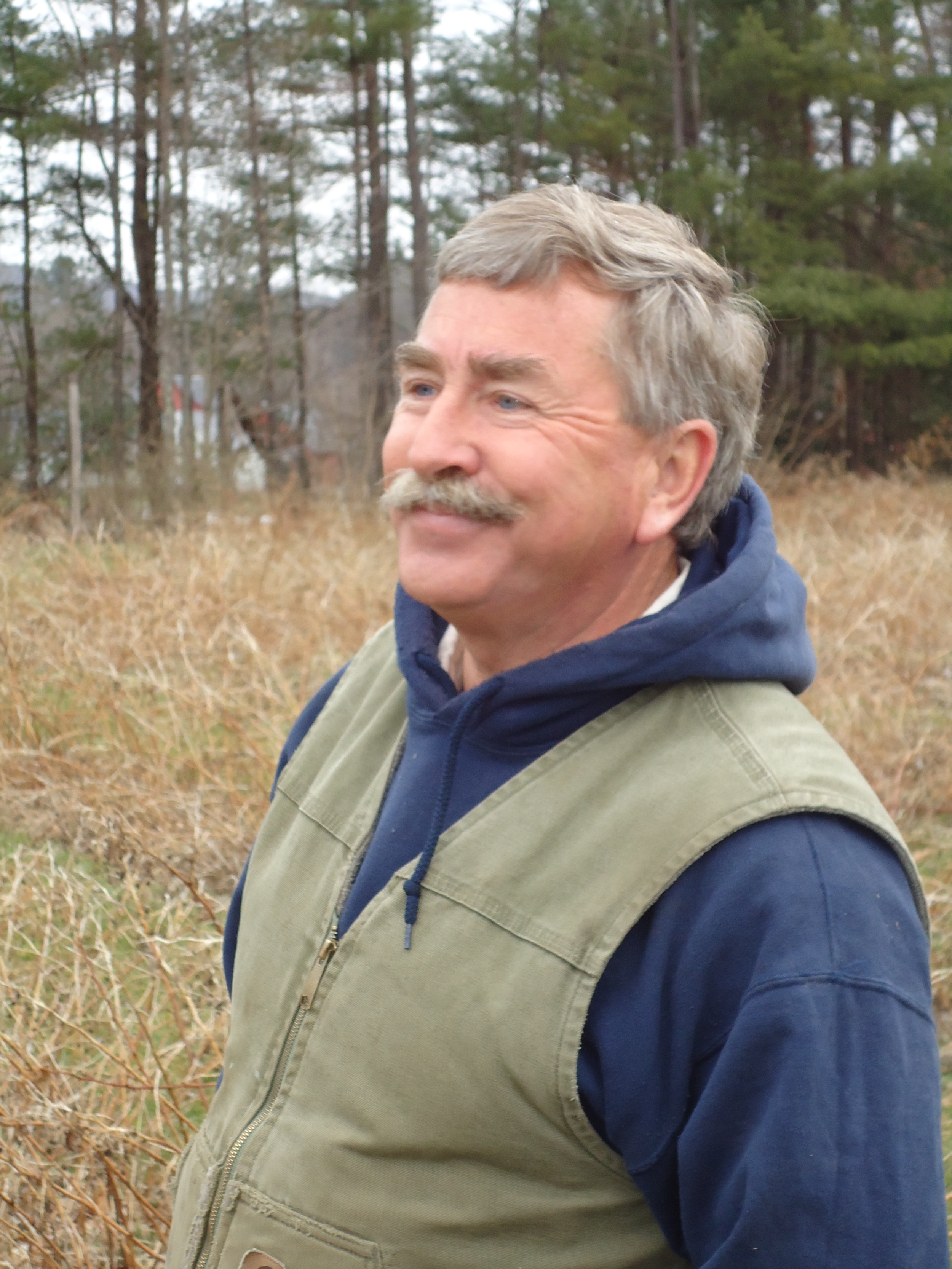 Friendly Staff    Despite the commonly held belief that New Hampshire farmers are taciturn, cranky and occasionally a bit curmudgeonly, we are fortunate to have a very friendly and approachable staff who look forward to helping you wherever possible. Just look for them in their dark green vests with the Riverview Farm logo.