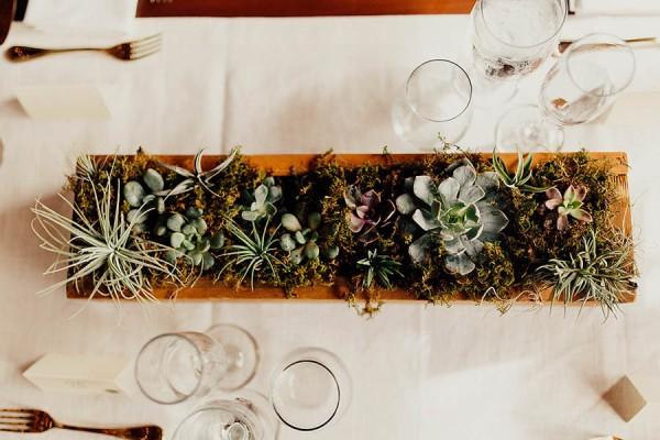 Modern Cuyahoga Valley Wedding with Dark Wood and Succulents - JUNEBUG WEDDINGS