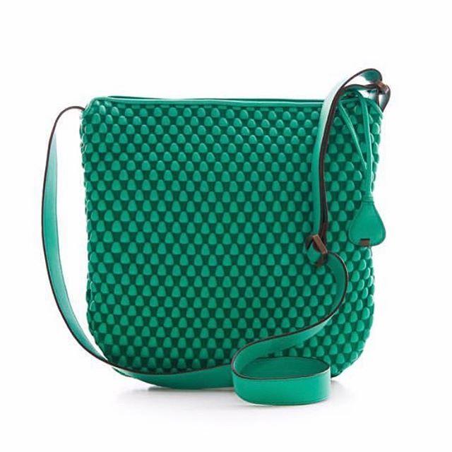 Handcrafted using nappa bubble lambskin by @tissafontaneda #BrandsWeLove #NappaBubbleBags 💕💕💕 . . . #mychicatelier #handmade #hechoamano #artesanos #fashion #designers #brands #mychicatelier  #cool #trendy #musthave #luxe #luxurybrands #trendsetter #madeinspain #Spain #emergingdesigner #diseñadoremergente #moda #tuesday #instafashion #picoftheday #marcaespaña