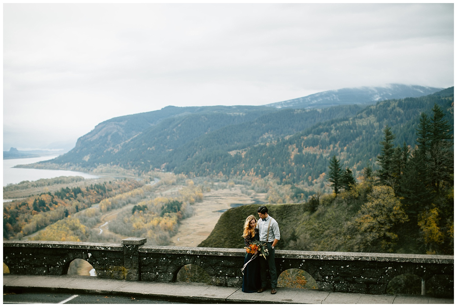 dreamy shot of the columbia gorge