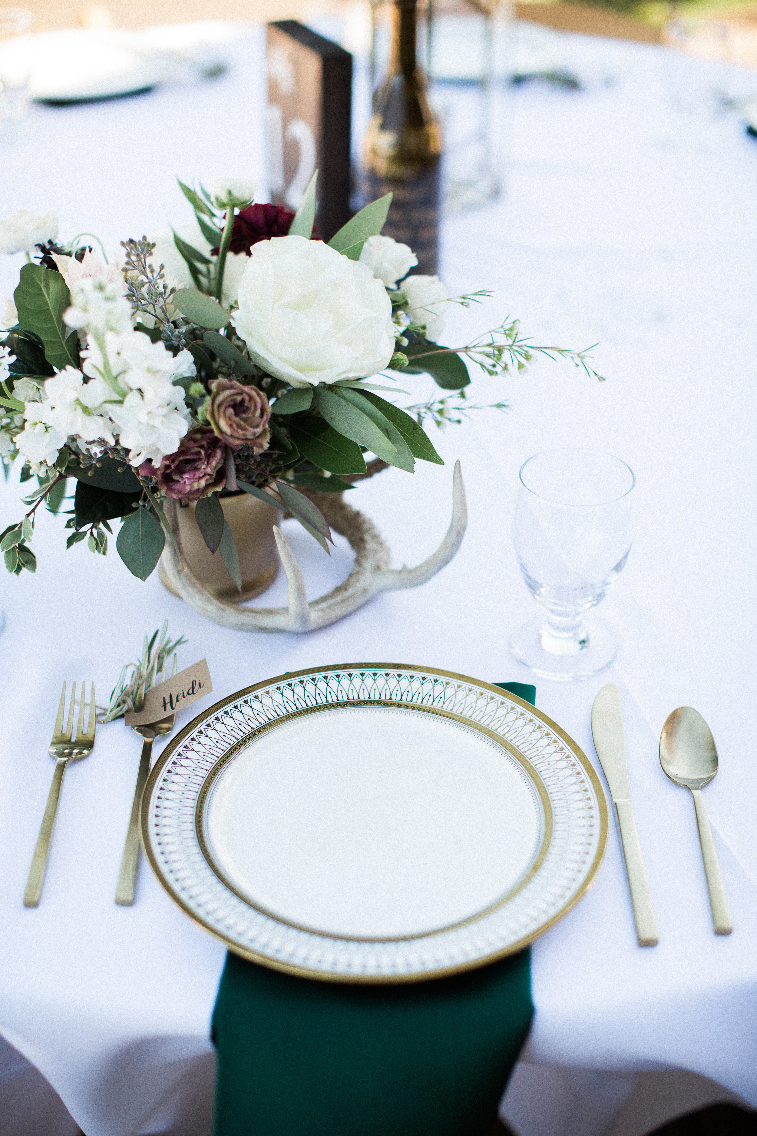 wedding flowers with an antler