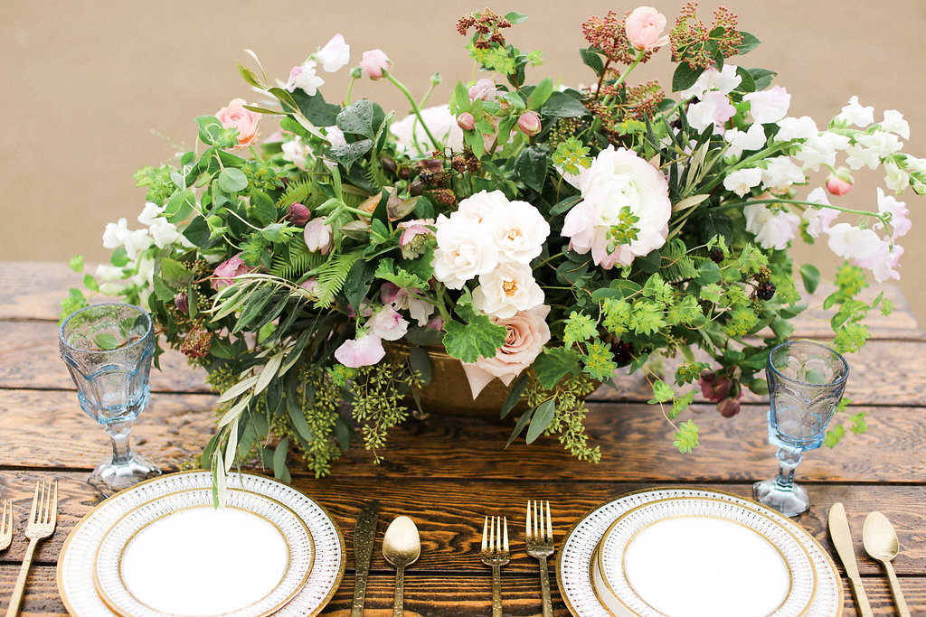 table flower arrangment