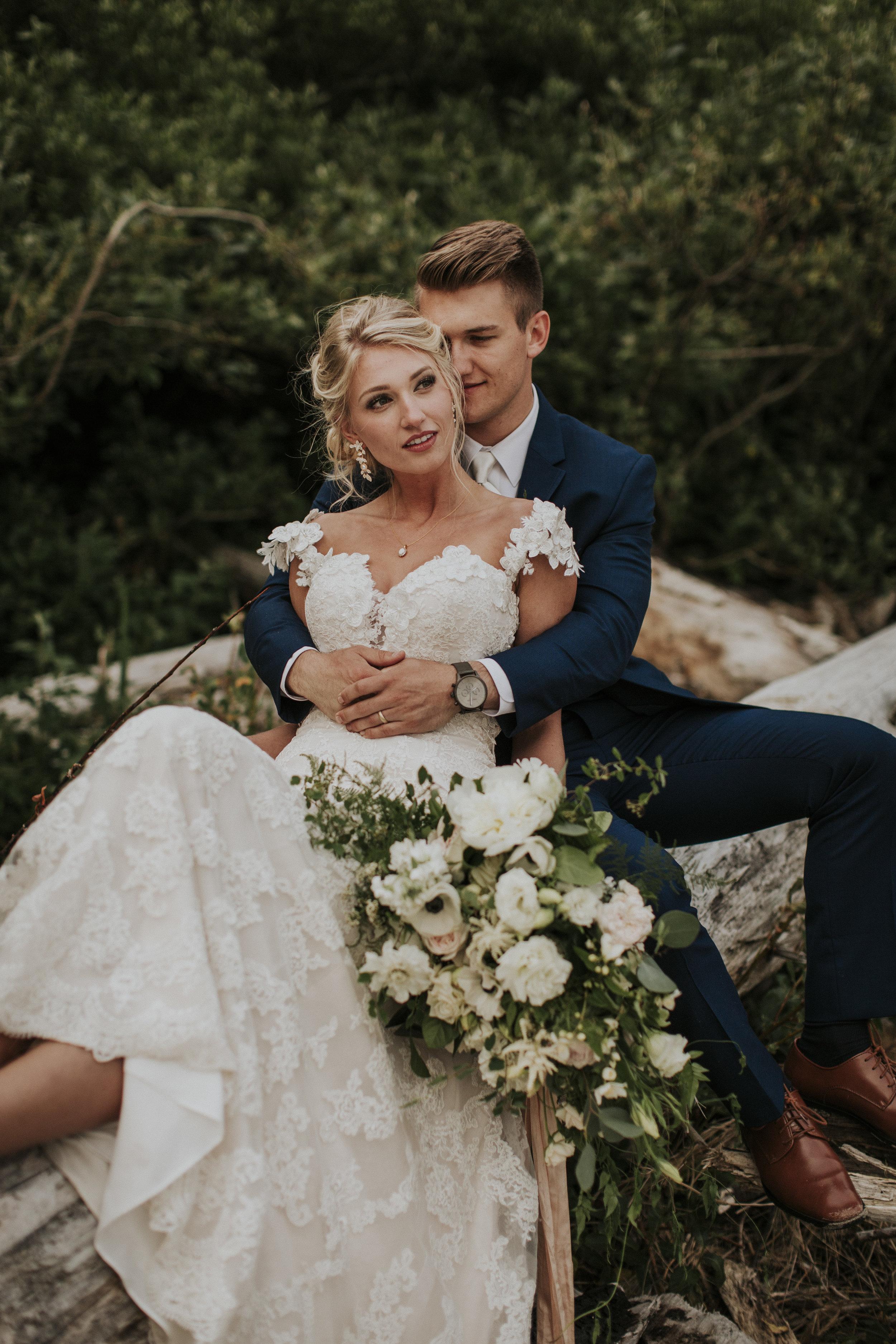 beautiful natural bridal bouquet