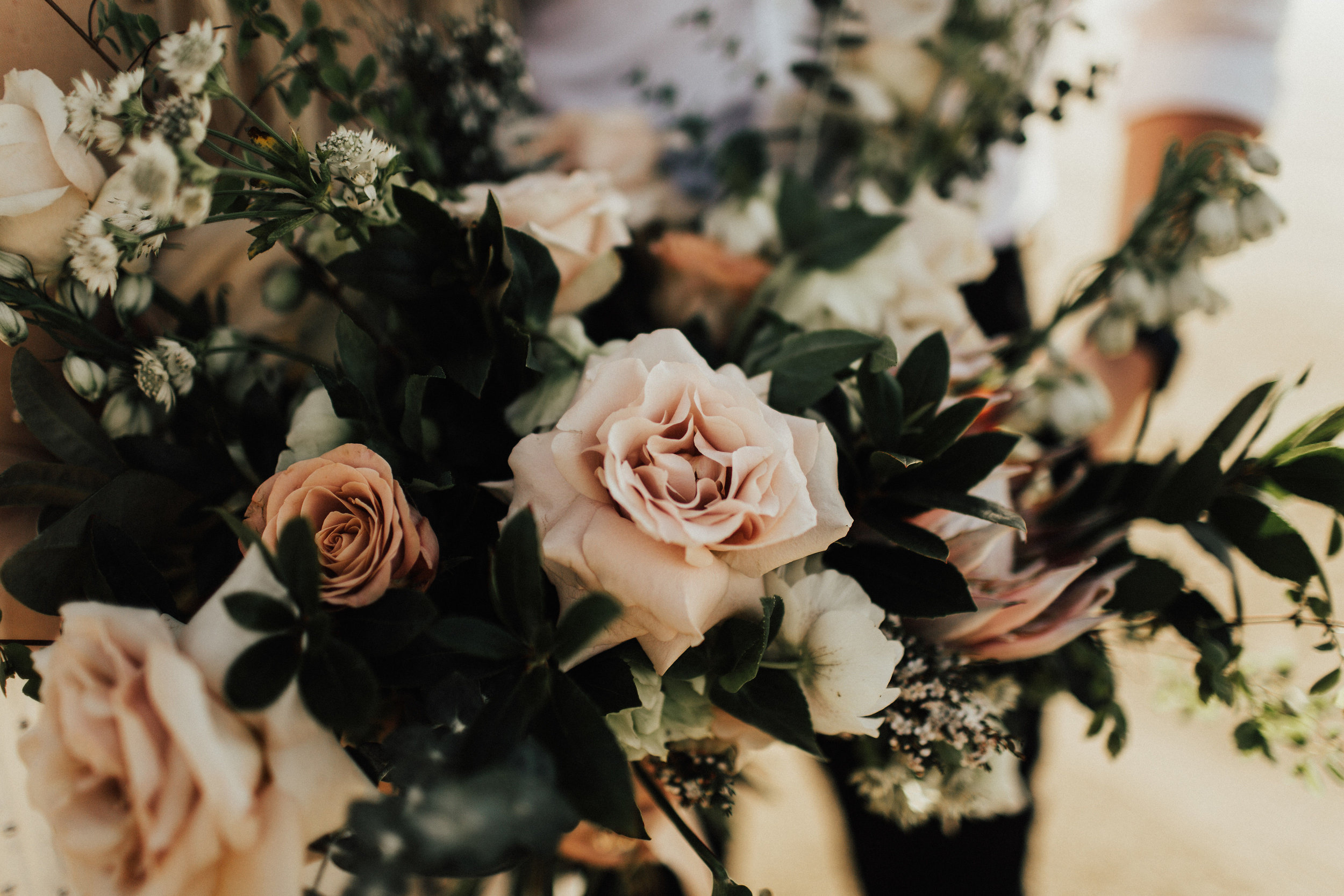 romantic bridal bouquet flowers