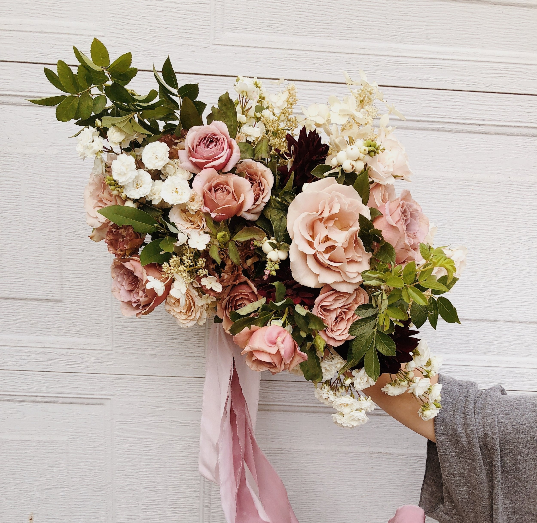 romantic wedding bridal bouquet