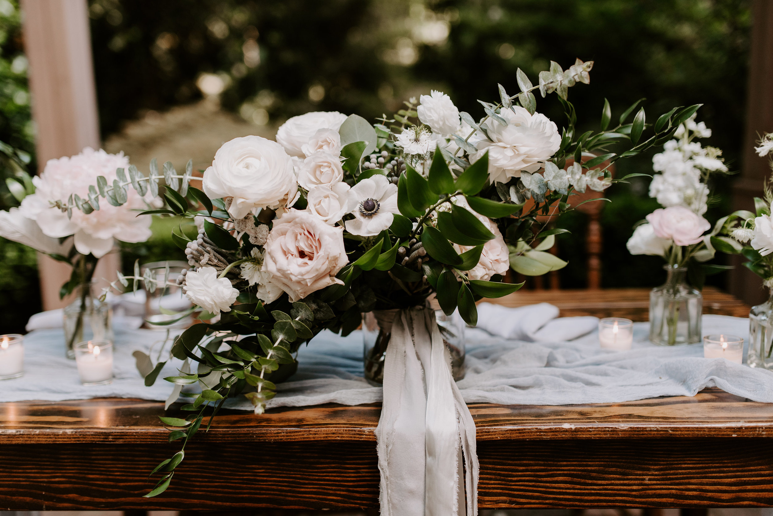 organic and natural bouquet portland wedding florist
