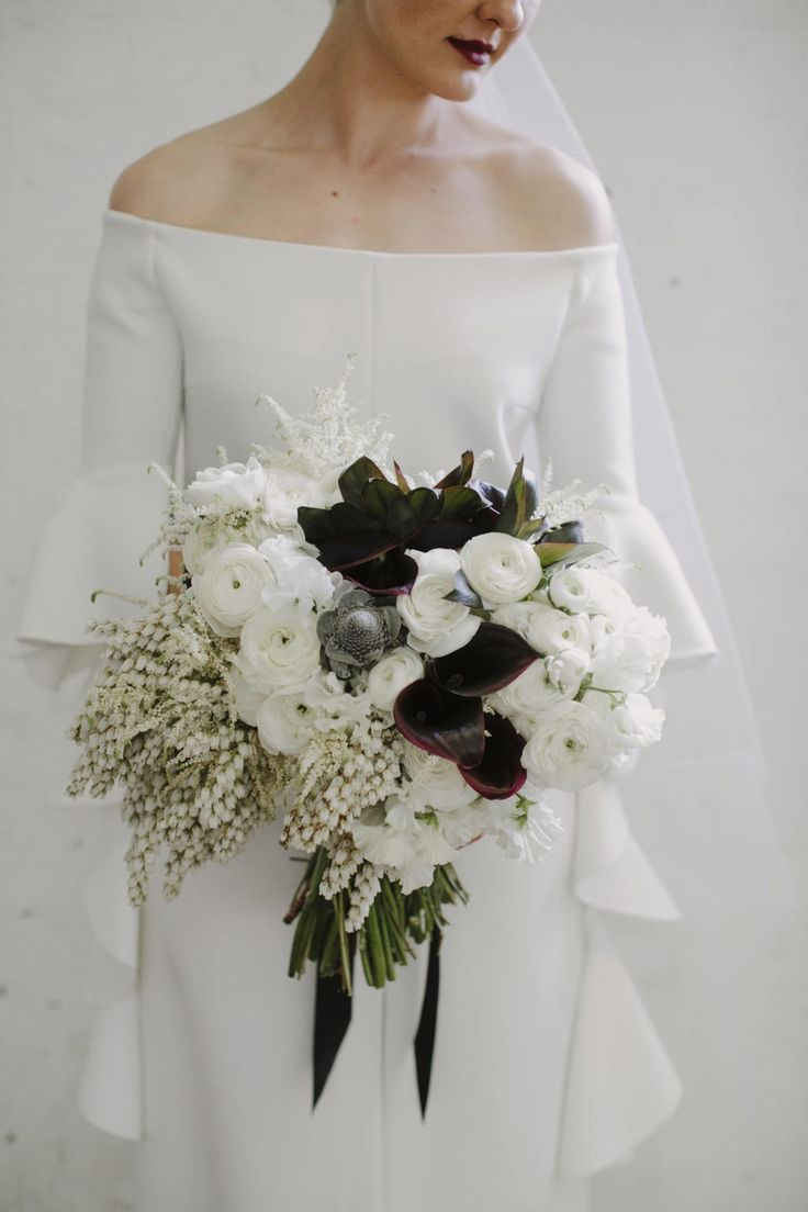 modern bridal bouquet portland wedding florist