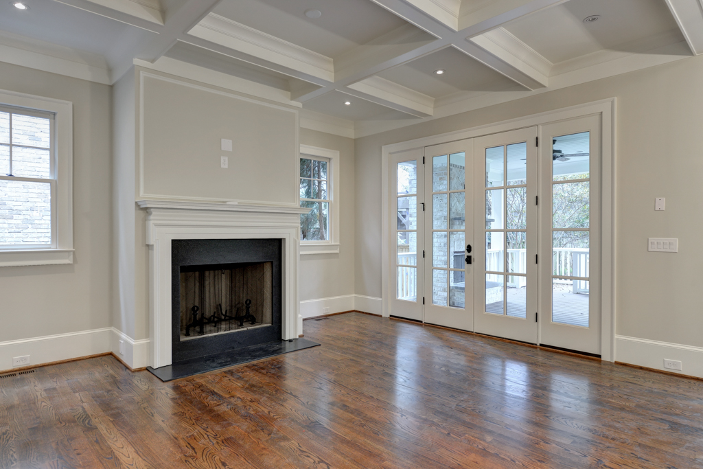 309 peachtree ave_low-6.jpg