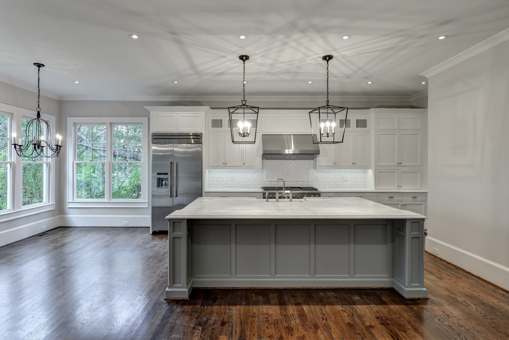 309 peachtree ave_low-9.jpg