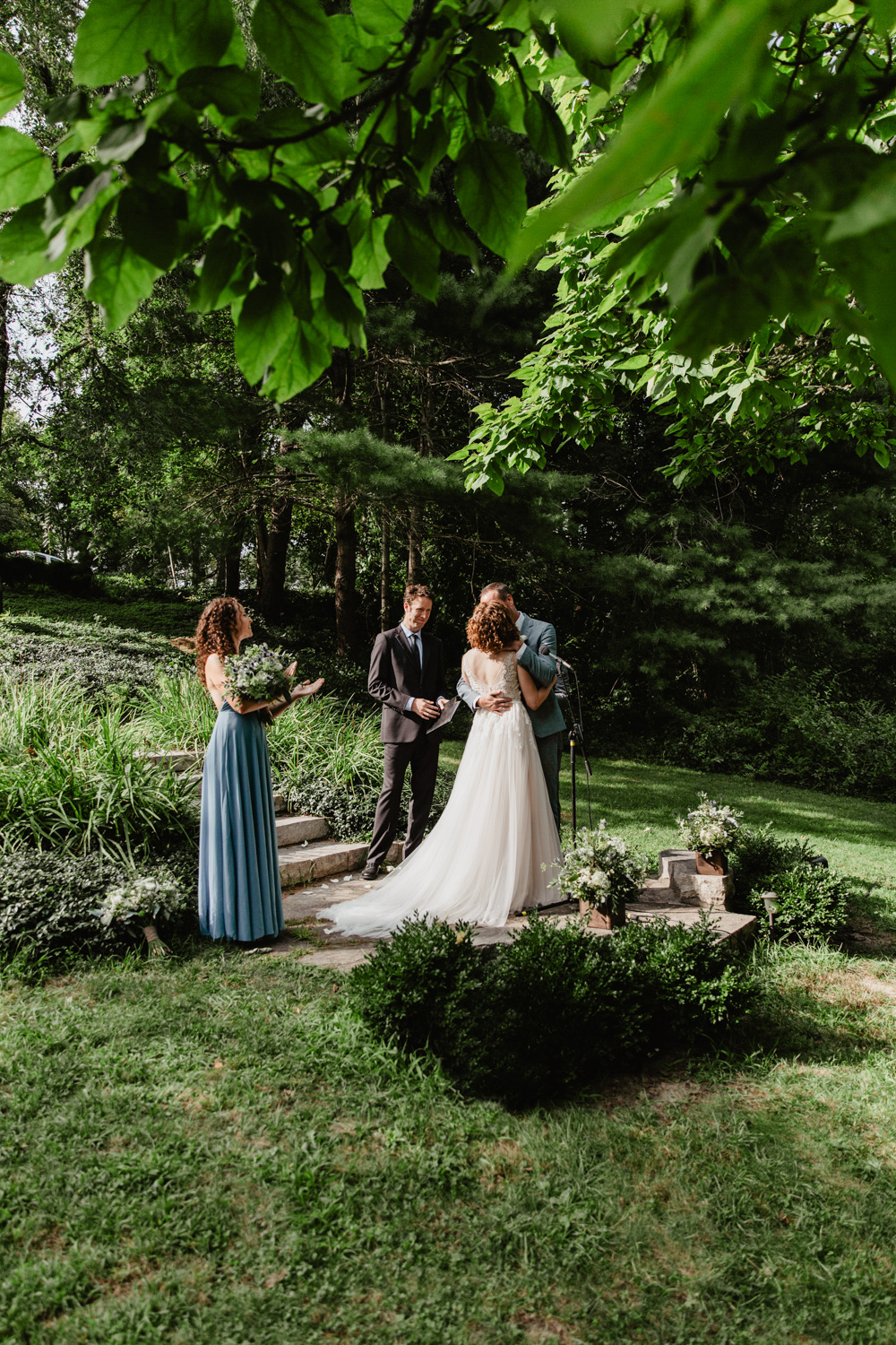 Overbrook House outdoor wedding ceremony
