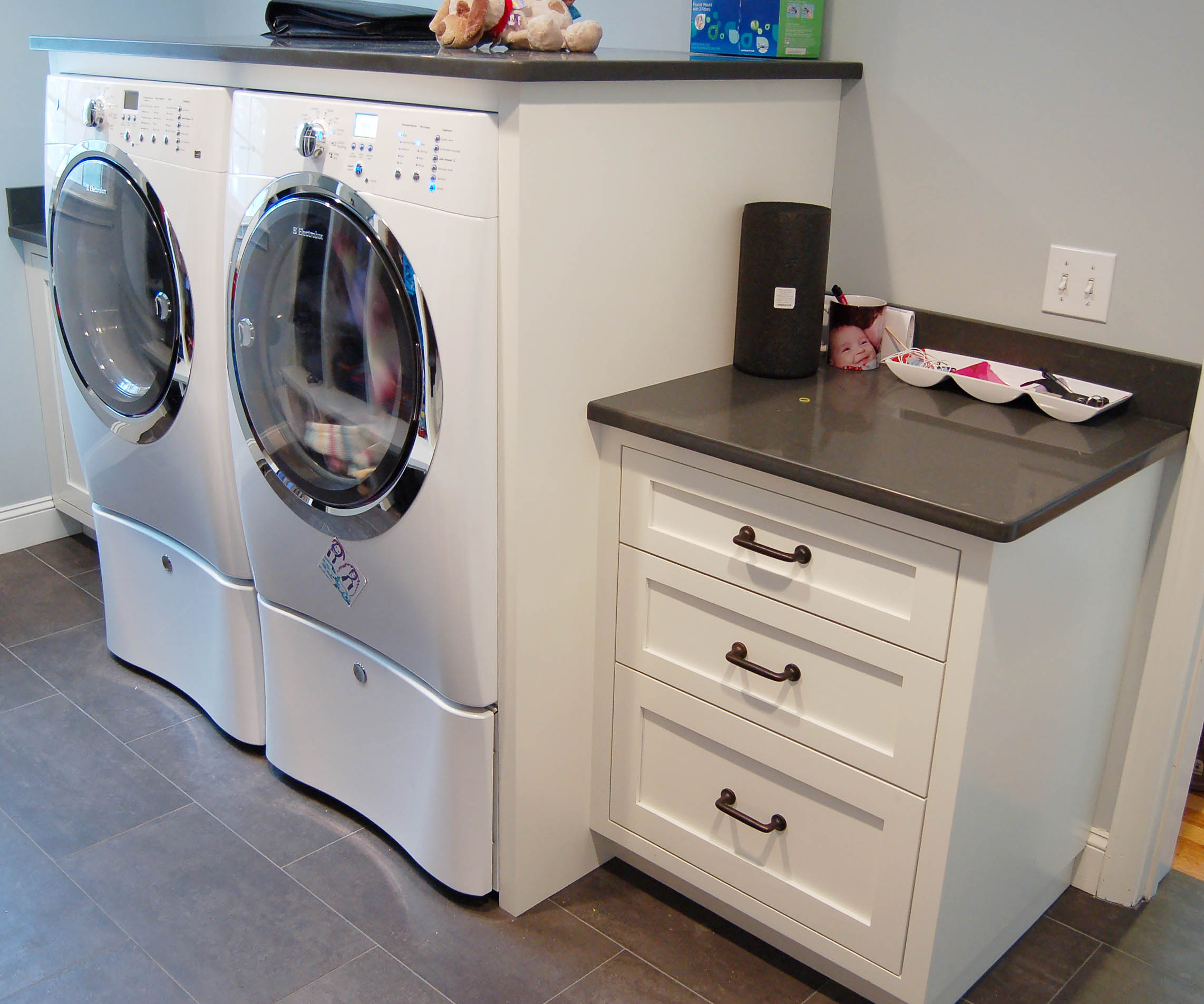 Honore-Cabinetry-custom-cabinet-Laundry-room.jpg