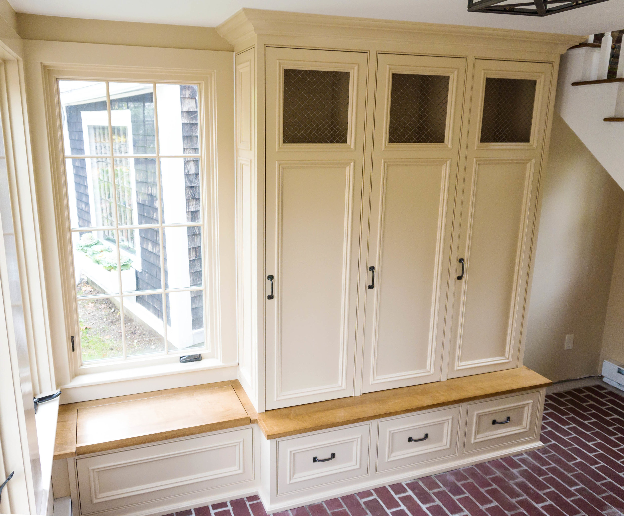 Honore-Cabinetry-custom-traditional-mud-room-storage.jpg