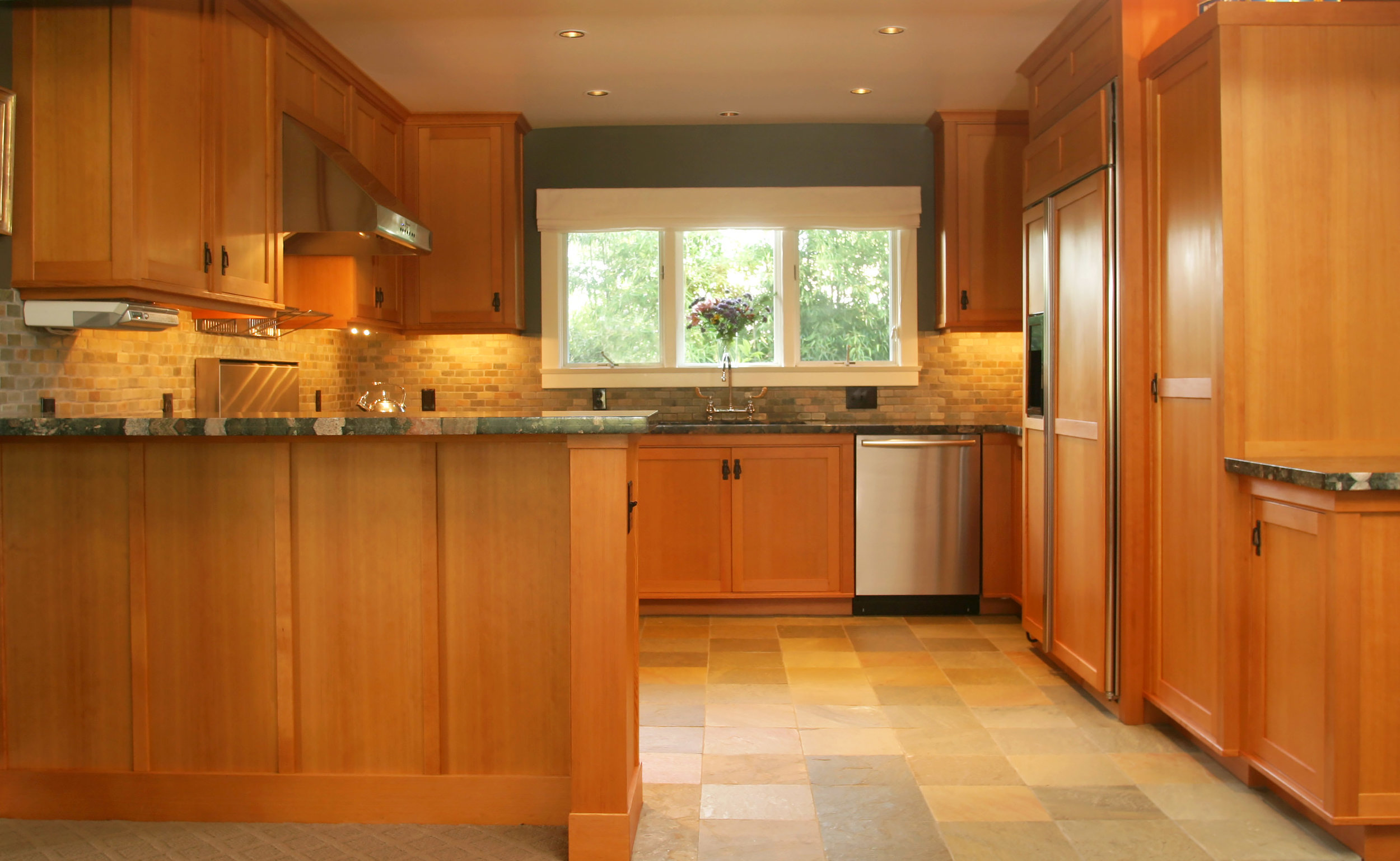 Honore-Cabinetry-custom-kitchen-douglas-fir-art-crafts1.jpg