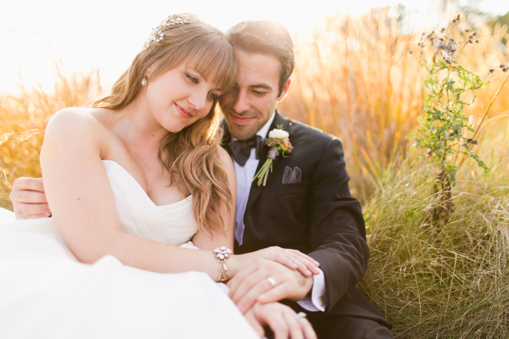 Gettysburg B&B wedding with florals by Splints and Daisies and videography by Birdhouse Wedding Films