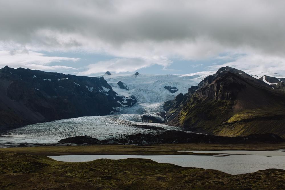 iceland-elopement-photographer-075.jpg
