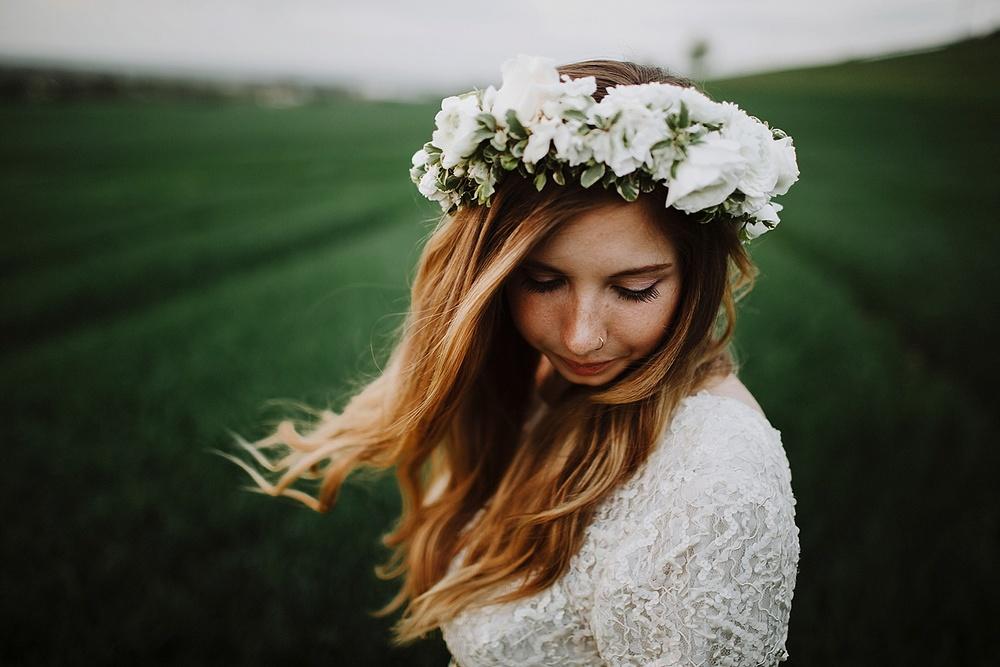 vintage wedding dress flower crown boho wedding