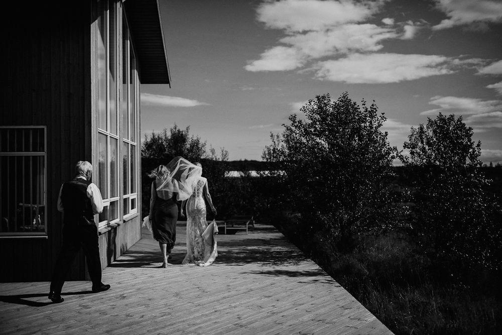iceland-wedding-photographers-068.jpg