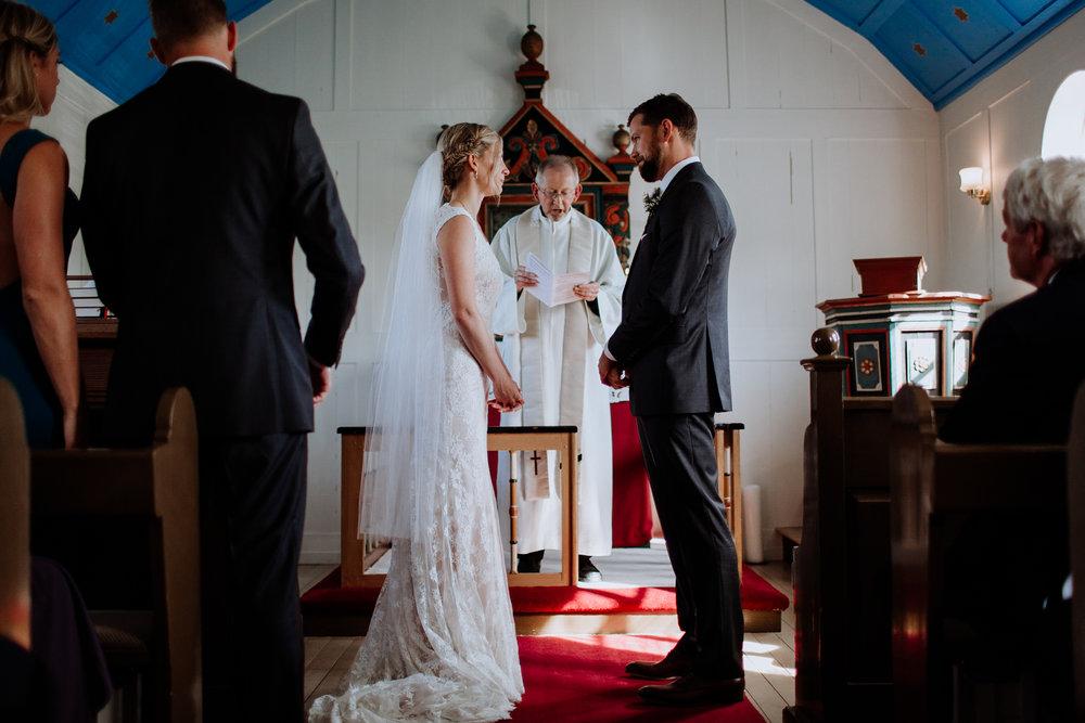 iceland-wedding-photographers-095.jpg